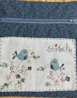 Fig n berry Little Blouebird Pouch Pattern