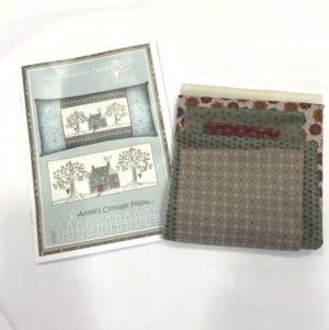 Lynette Anderson Annie's Cottage Cushion Kit