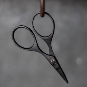 Merchant and Mills Black Baby Bow Scissors