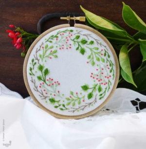 Tamar Nahir Yanai Christmas Crown Circle Embroidery Kit