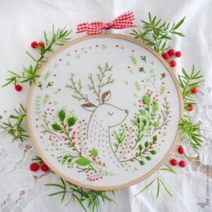 Tamar Nahir Yanai Christmas Deer Circle Embroidery Kit