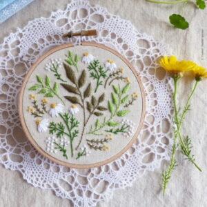 Tamar Nahir Yanai Green Leaves Circle Embroidery Kit